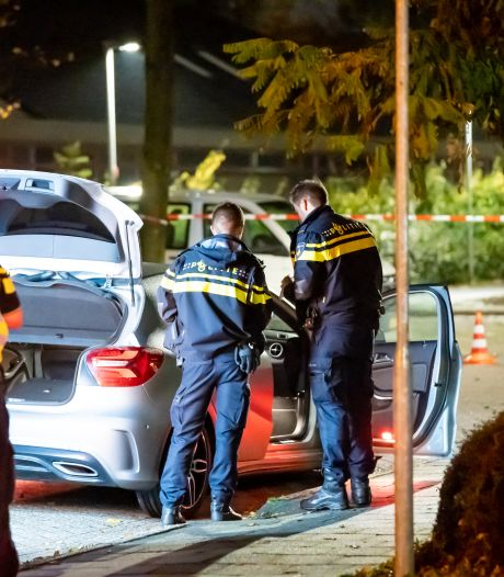 Grote vuurwerkvangst in Barendrecht: honderden illegale cobra's