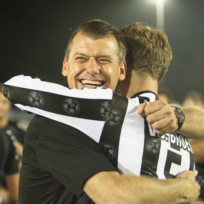 Reinald Boeren viert de overwinning op Hoek van woensdag 22 augustus.