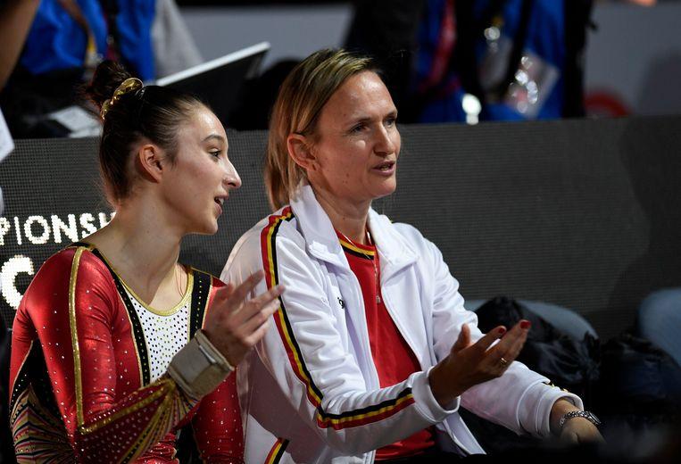 Nina Derwael en coach Marjorie Heuls