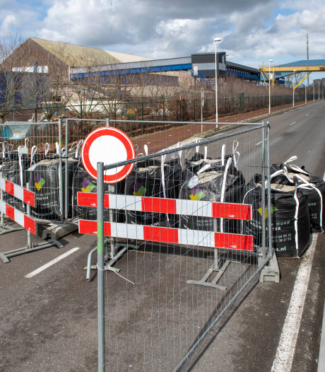 Frustraties over afgesloten Westkade in Sas van Gent lopen op