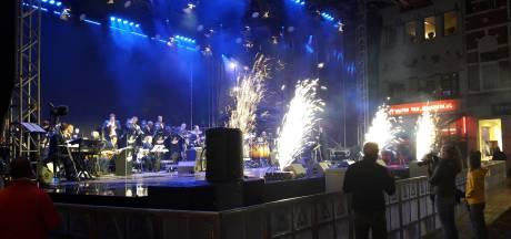 Valley Sound Big Band zet stadsfeest swingend in