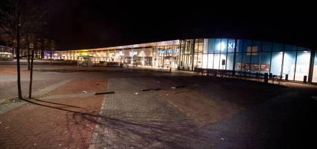 Lege straten en snelwegen: zo ziet de avondklok in Twente eruit