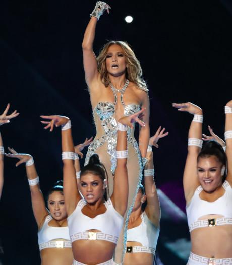 """1312 plaintes après le concert de Shakira et Jennifer Lopez au Super Bowl: """"C'était du porno"""""""