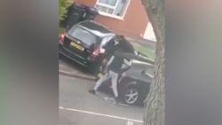 Britse politie zoekt daders van deze schokkende verkeersagressie