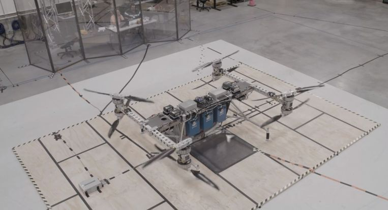 De cargo car vehicle van Boeing.