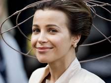 Victoria Koblenko 'correct' gekleed: De koningin moet shinen