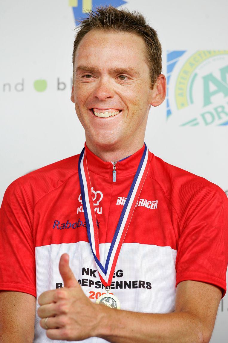 Koos Moerenhout in 2009 na het winnen van de Nederlandse Kampioenschappen wielrennen voor beroepsrenners in Limburg. Beeld ANP