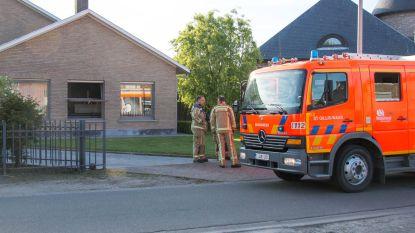 Ovenwanten op elektrisch vuur zorgen voor keukenbrandje