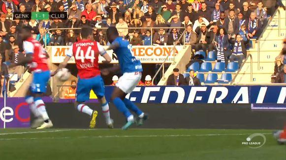 Penalty na hands van Mechele