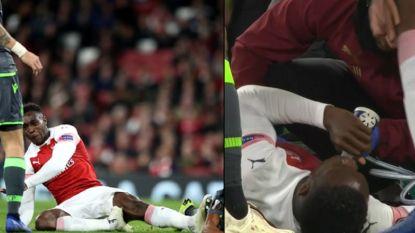 Vreselijke blessure voor Welbeck: Arsenal-aanvaller krijgt zelfs zuurstof toegediend