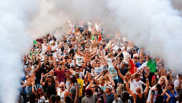 Stoom afblazen kan tijdens een van de vele festivals (zoals tijdens Dance Valley). Beeld anp