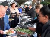 Helmond viert bevrijding met een Indische maaltijd in het Hortensiapark