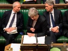 May's dagen lijken geteld, prominent kabinetslid stapt op