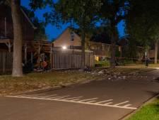 Dubbele aanslag Schalkhaar: politie zoekt mysterieuze man die zich ophield voor de woning van Roy van T.