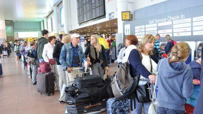 """Morgen drukste dag op Zaventem: """"Kom op tijd naar luchthaven"""""""