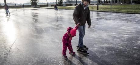 'Op veel plaatsen in Nederland ligt dinsdag een schitterende ijsvloer'