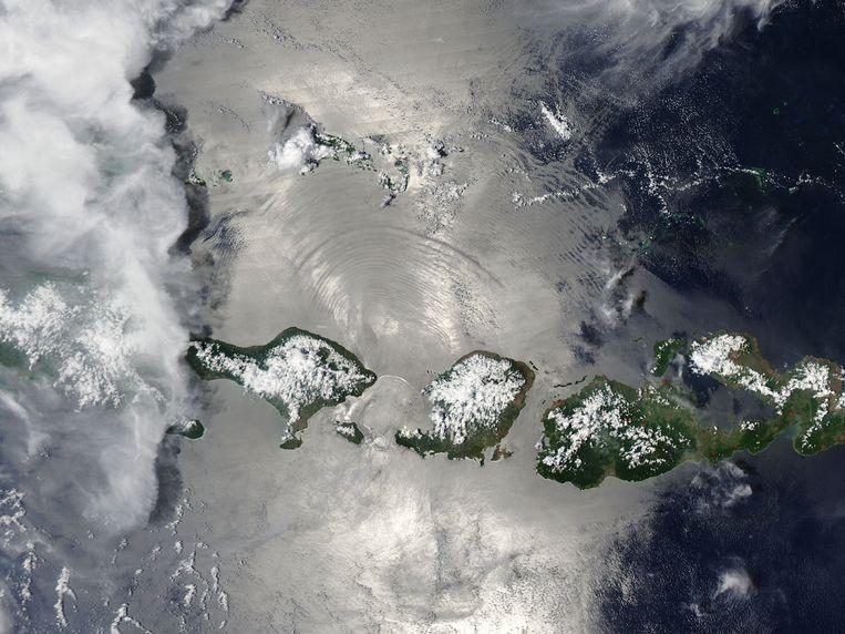 'Thermostaatarchipel' Indonesië is goed voor het afvangen van veel C02 door een natuurlijk proces dat verwering wordt genoemd. Beeld Jeff Schmaltz, MODIS Land Rapid Response Team, NASA GSFC
