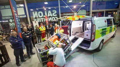 Rode Kruis koopt nieuwe ergonomische Ford om materiaal en mensen te vervoeren