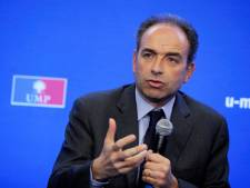 "Hollande ""paye l'addition de l'imposture"" de sa campagne"