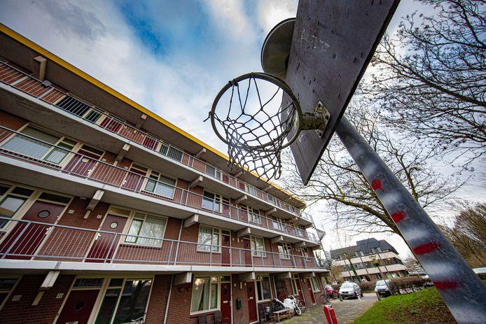 De flat in Lelystad waar Nelson M. woont.