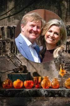 Koning Willem-Alexander en koningin Máxima: 'Zeer spijtig dat Royal Leerdam Crystal is gestopt'