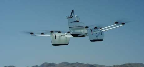 Drie meter hoog, twintig minuten lang; vliegende auto heeft lange weg te gaan