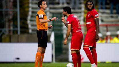 """Refaelov reageert voor het eerst na 'penaltygate' met Mbokani: """"We moeten geen beste vrienden zijn"""""""