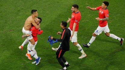 Chili wint na strafschoppen van Colombia en staat in halve finale Copa América