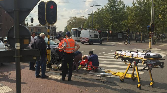 13-jarige fietser zwaargewond na aanrijding