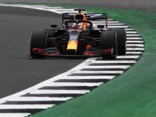Hamilton het snelst in slottraining, gehinderde Verstappen zevende