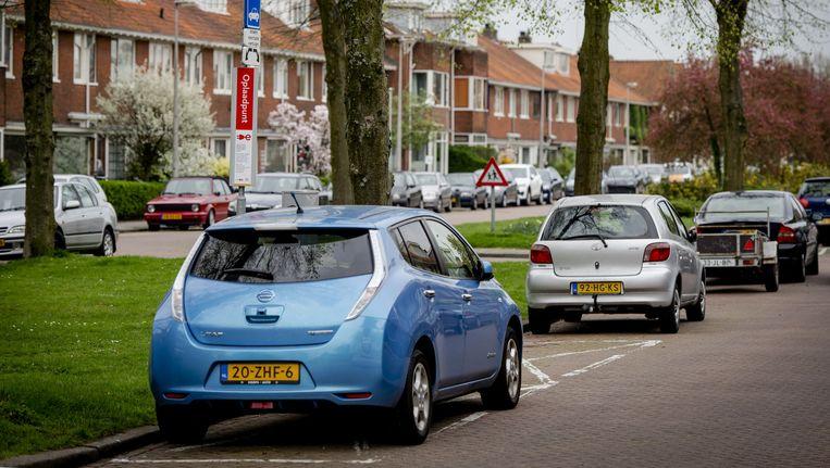 Een oplaadpunt voor elektrische auto's in Utrecht. Beeld anp