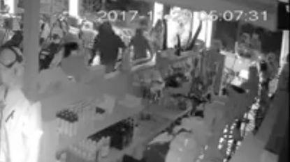 VIDEO: Winkel met tuinmachines krijgt bezoek van acht (!) inbrekers