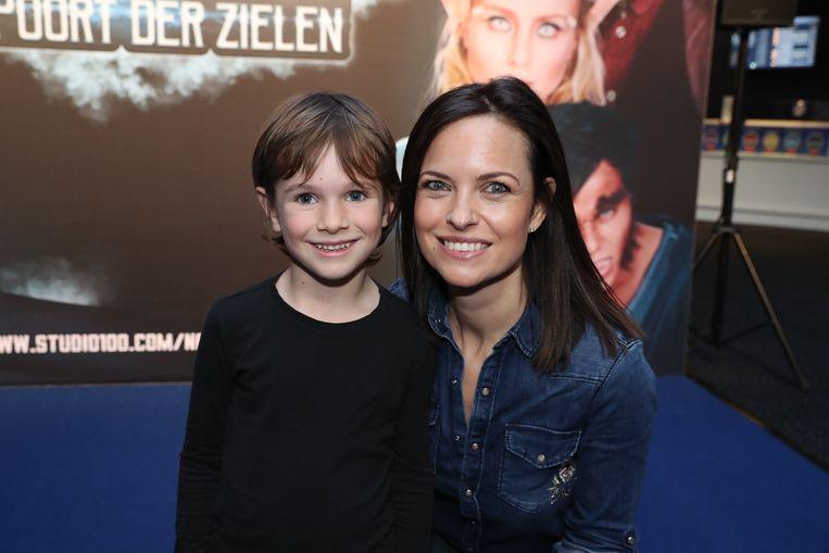 Zsofi Horvath met haar zoon Bardo