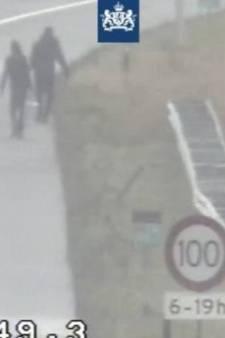 Man die met hoge nood uitstapte tijdens file achtergelaten langs A1 bij Barneveld