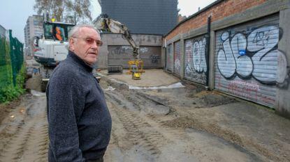 """Garageboxen geblokkeerd door werken in Leiestraat: """"Niet eens een verwittiging gehad"""""""