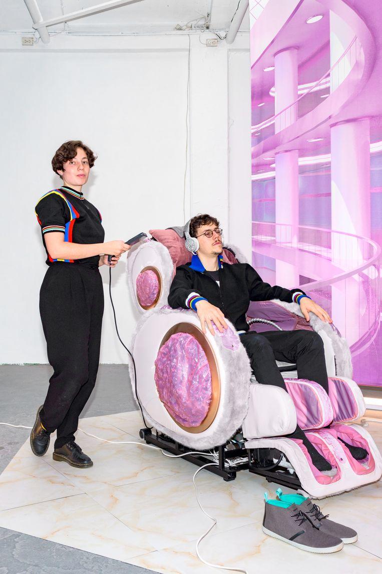 Arvid & Marie en hun The Smart Automatic Full Body Manipulator  Beeld null