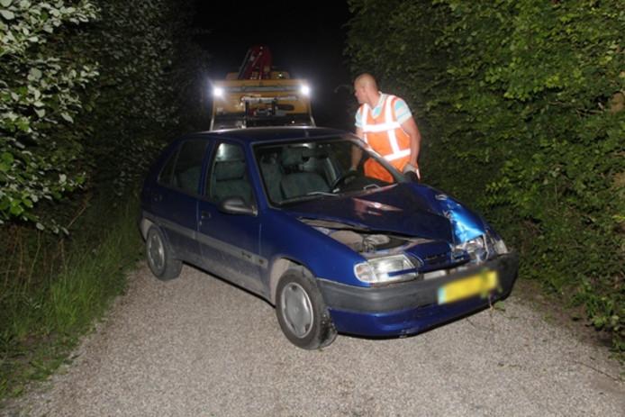 Het voertuig werd weggesleept.