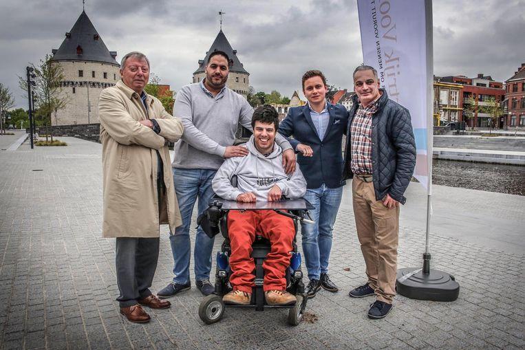 V.l.n.r.: Gaston Laverge, Jamal Qnioun, David Marinelli, Gaetan Vanmeeren en Dirk Coopman.