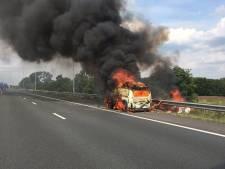 Weg weer vrij na autobrand op A58 bij Tilburg