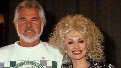 Een afkeer van alcohol, maar verslaafd aan vrouwen: wie was countryzanger Kenny Rogers écht?