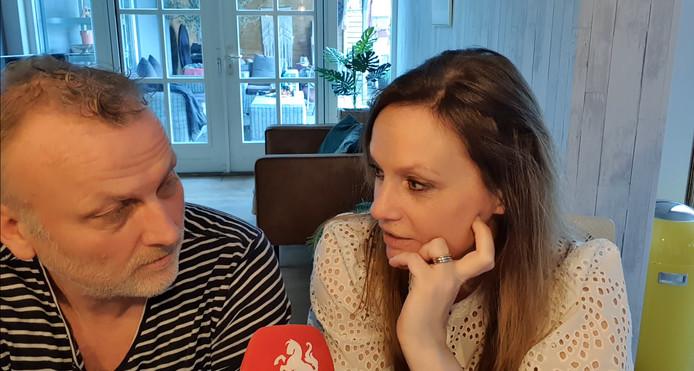 Sportverslaggevers Leon ten Voorde en Fardau Wagenaar.