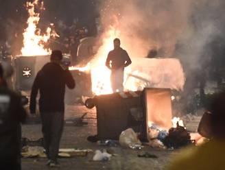 Avondklok in Napels leidt tot straatprotesten