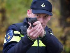 Politie lost waarschuwingsschot bij aanhouding in 'wilde westen' van Rotterdam