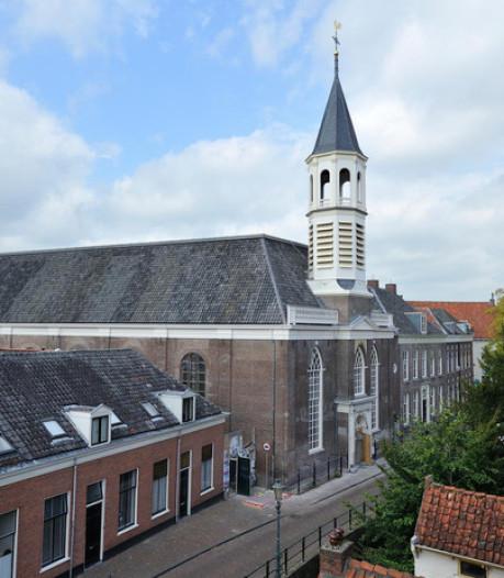 Restaurant en exposities in verkochte Elleboogkerk