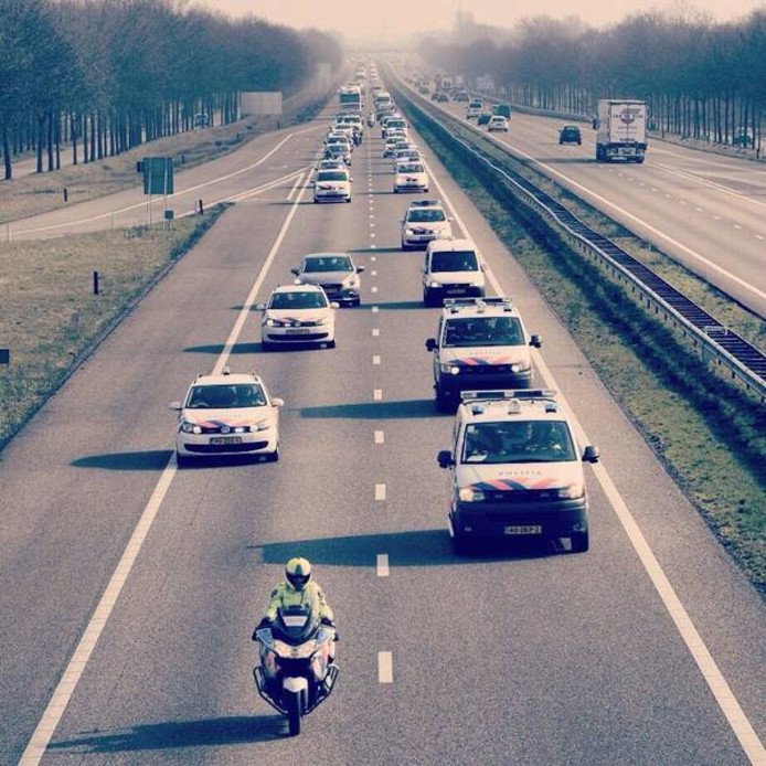 Politieactie op de snelweg.
