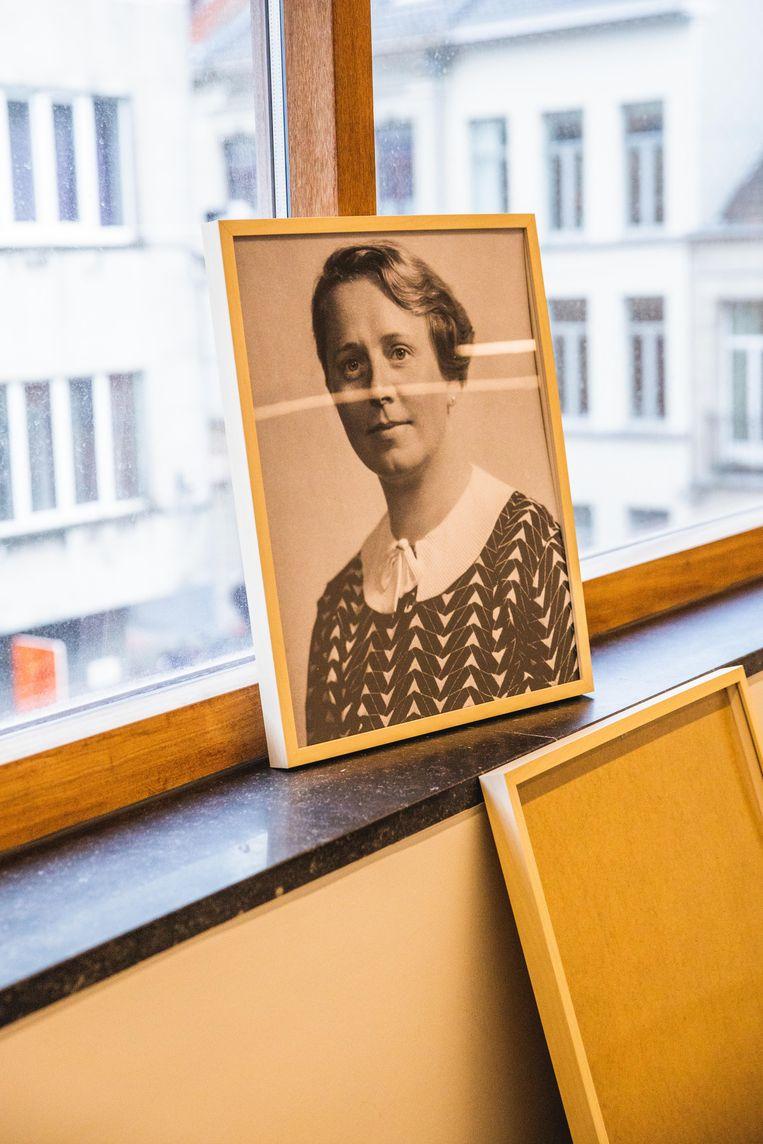 Deze Duitse Suse Esberg zette haar naamstempel in 74 boeken, ze werden in 1953 op een kot in de Holstraat gevonden.