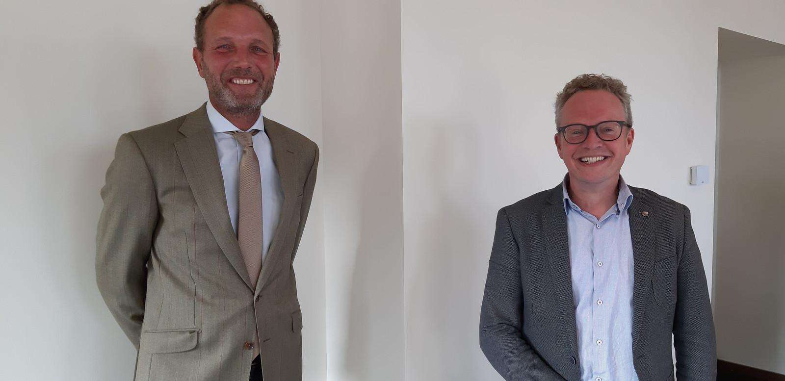 Gijs Bessem, adviseur van Costes, en wethouder Gerard Gerrits.