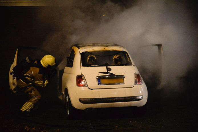 Autobranden in Breda.