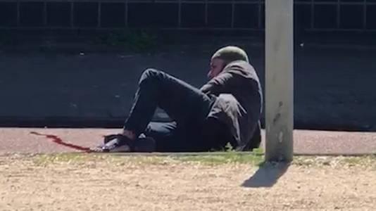 Malek F. nadat hij is neergeschoten.