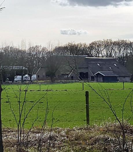 Failliete Verver woont in peperdure woonboerderij